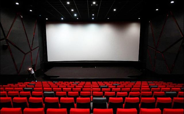 سخنگوی شورای صنفی نمایش خبر داد؛ بلیت سینماها ۲۱ شهریور نیم بهاست