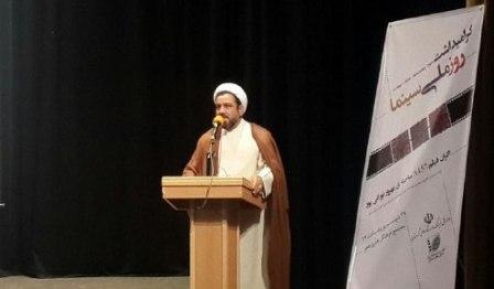 مدیرکل فرهنگ وارشاد اسلامی کردستان: دولت تدبیر و امید مردم ایران را دوباره با سینما آشتی داد