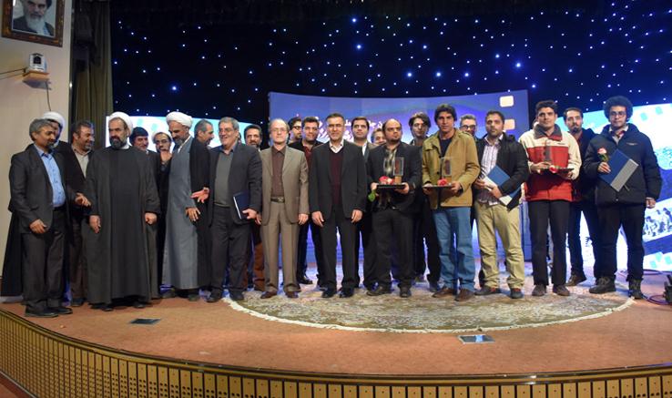 گزارش تصویری از مراسم اختتامیه هفتمین جشنواره ملی «نماز و نیایش به روایت دوربین»