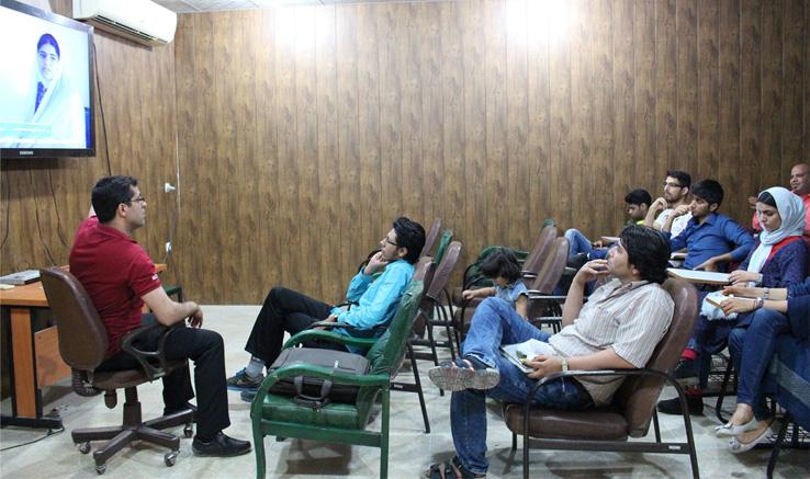 نقدو بررسی آثار «مهدی بوستانی» در بوشهر
