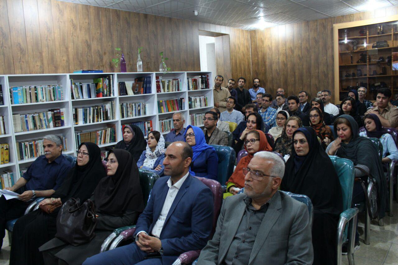 افتتاح کتابخانه سینما و ادبیات در بوشهر