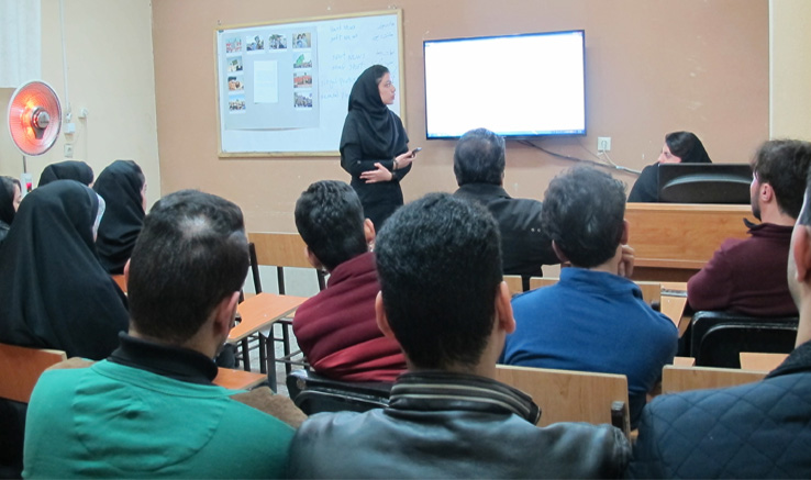 برگزاری نشست «آشنایی با عکاسی خبری» در دفتر خمینیشهر انجمن