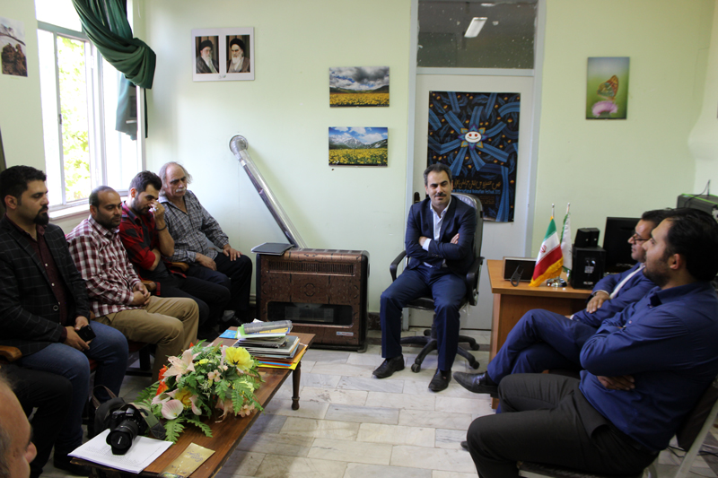 نشست معاون هنری ارشاد با مسئولین جشنواره منطقهای اردبیل- مشگین شهر