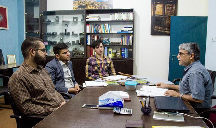 بازدید مشاور استاندار بوشهر در امور جوانان از انجمن سینمای جوانان این استان
