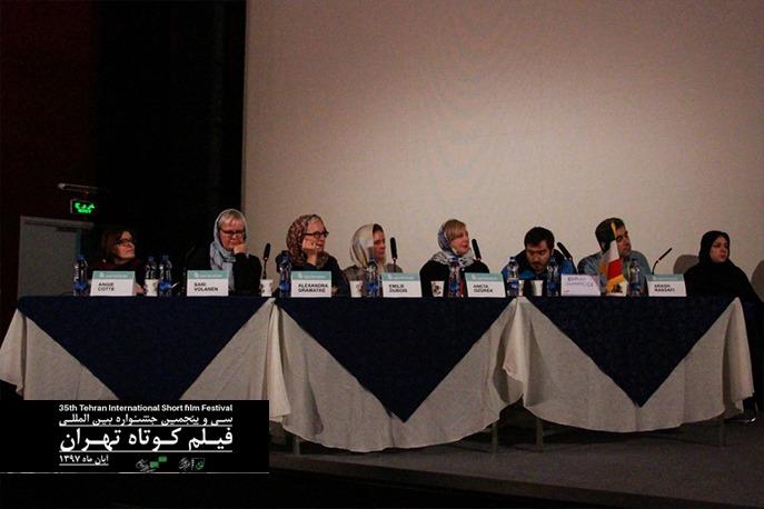 گزارش تصویر جلسه پیچینگ در روز سوم جشنواره فیلم کوتاه تهران