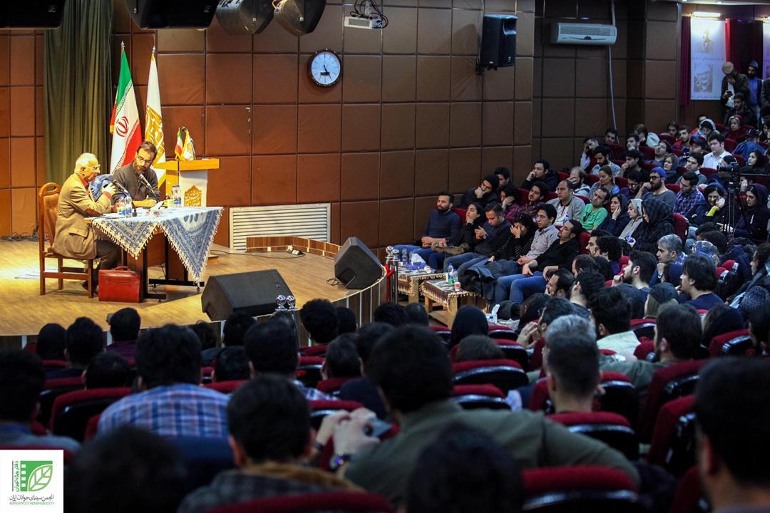 دفتر ویژه تهران برگزار کرد: نشست فیلمسازی با حضور دکتر الستی و شهرام مکری