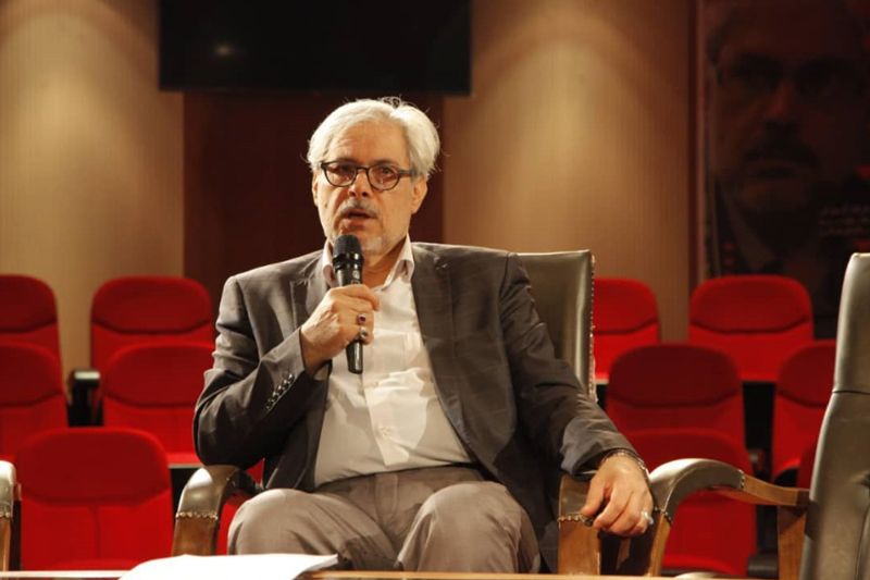 ابراهیم سلیمانی در نشست تخصصی عکاسی جشنواره نماز و نیایش تصریح کرد: بدون دانش ومطالعه عکاس قابلی نمیشویم