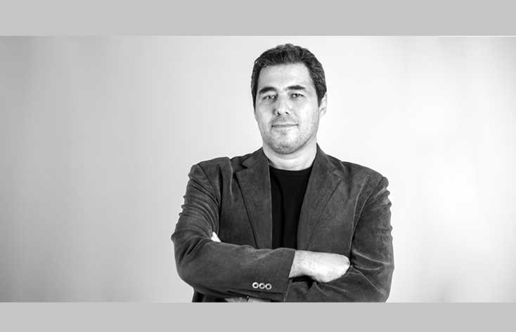 جزئیات و چالشهای حمایت از تولید فیلم کوتاه در انجمن سینمای جوانان ایران در گفتگو با آرش رصافی معاون تولید و پشتیبانی این مجموعه