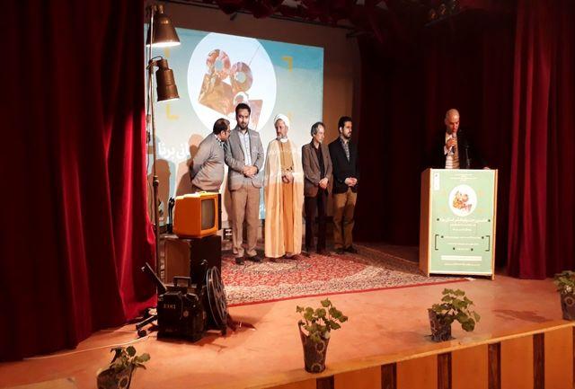 نمایش فیلمهای برگزیده جشنواره استانی برنا در سمنان
