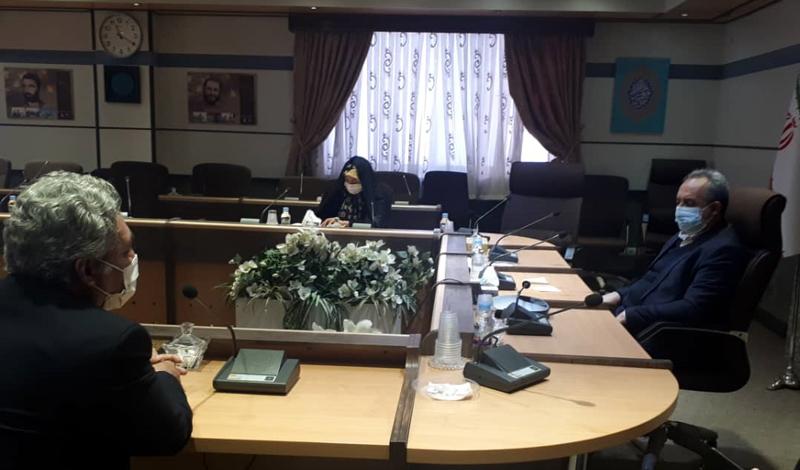 رضا ابوذر در دیدار با استاندار قم اعلام کرد: رقابت 200 فیلمنامه در جشنواره «هشتنوشت» / برگزاری غیرحضوری اختتامیه