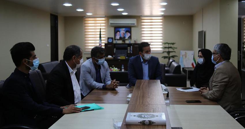 تفاهمنامه ساختمان جدید انجمن سینمای جوانان تنگستان و نگارخانه امضا شد