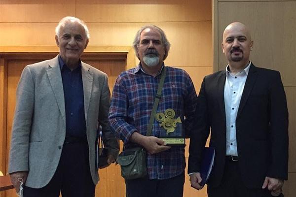 جایزه اول جشنواره منطقهای «آب وانرژی» برای برای مدرس انجمن سینمای جوانان اراک