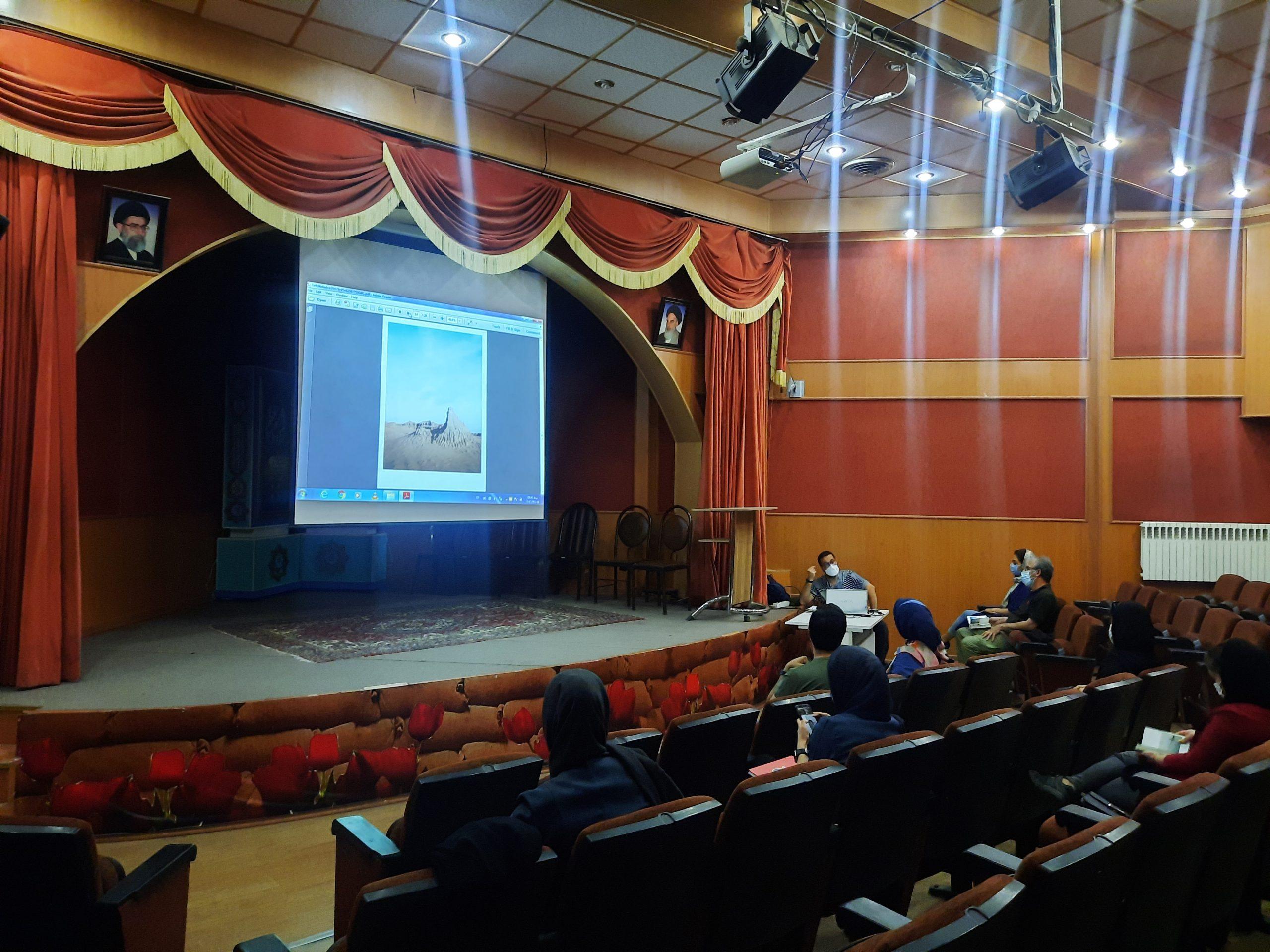 برگزاری کلاسهای آموزشی در انجمن سینمای جوانان استان قزوین