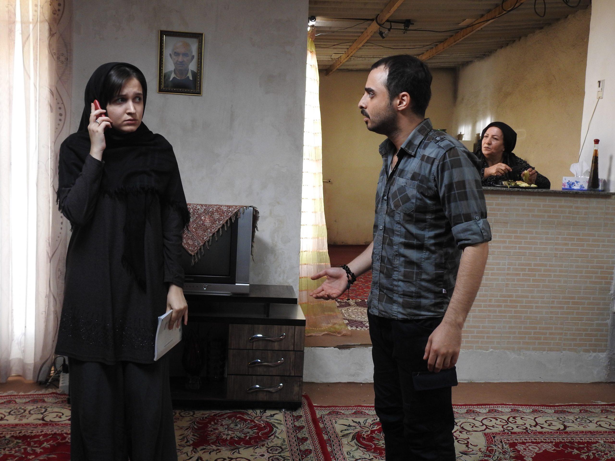 اکران فیلم کوتاه «شاهد» در سایت تیوال